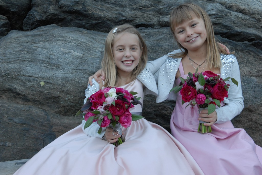 2 flower girls