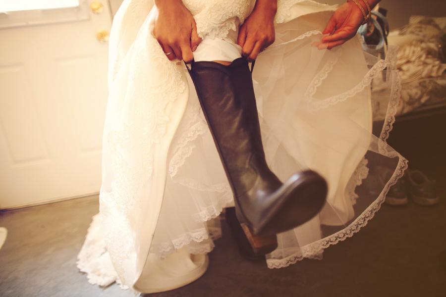 Kate-Harrison-Vignette-Vintage-Ranch-Wedding (16)