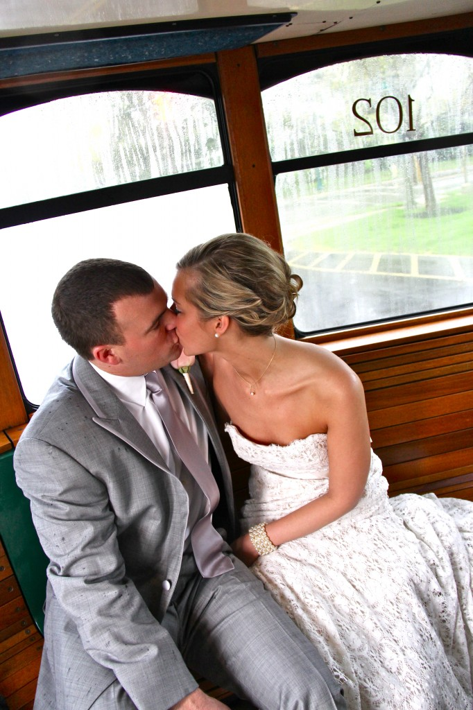 5_Trolley Smooches